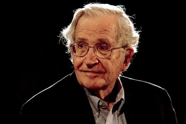 Noam-Chomsky-Crediti-Reuters-Jorge-Dan (1)
