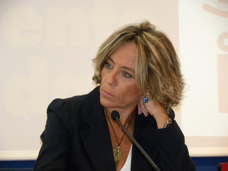 Matteo Renzi, Ministro Valeri, leggete l'articolo di M. Boscaino